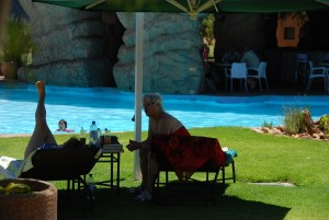 Entspannung am Pool in Windhoek